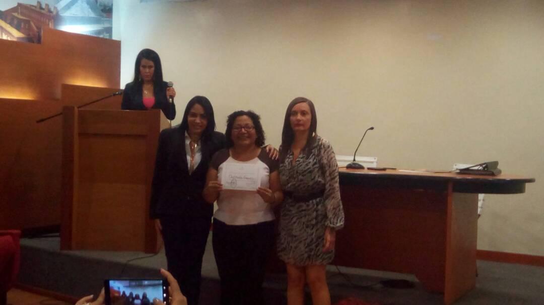 Trabajo de Quiteria Franco como defensora de derechos humanos reconocido por Asamblea Nacional